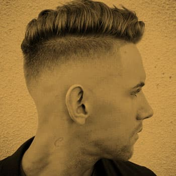 Haircut «Undercut» in Oldboy Barbershop